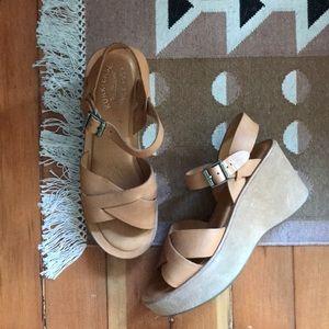 Kirk-Ease Platform Sandals